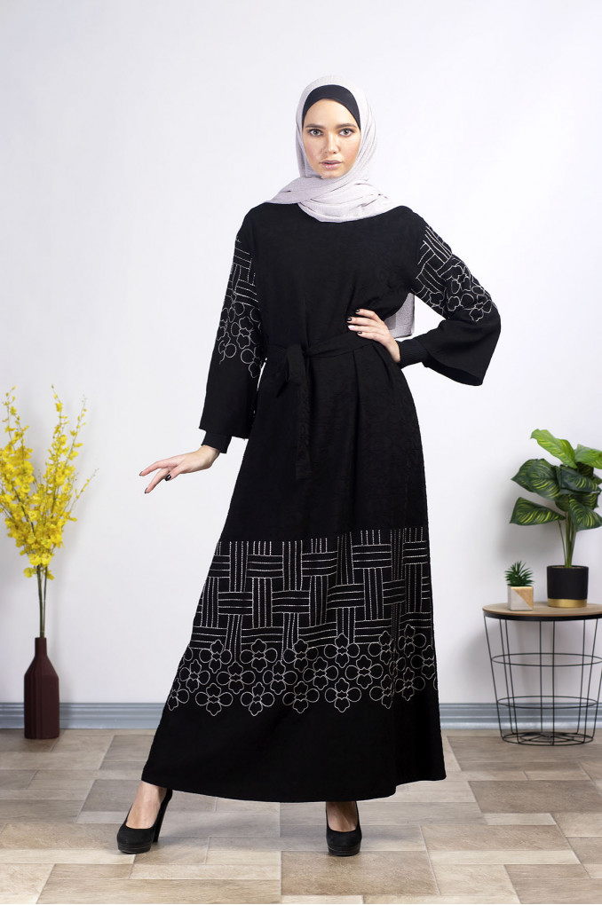 Puff sleeves black embroidered abaya