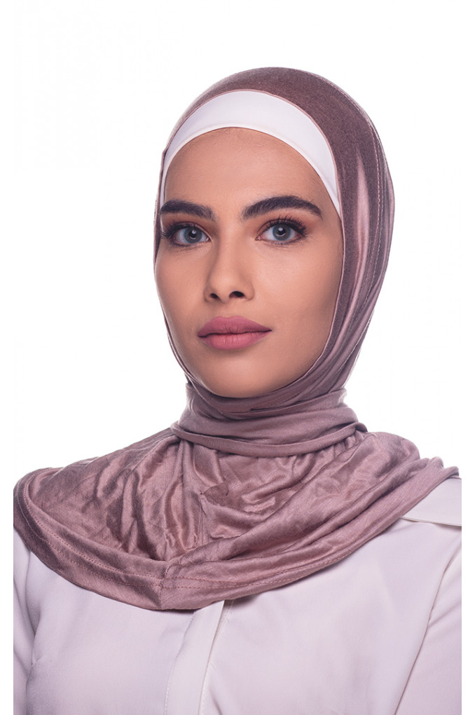 Soma Amira Hijab made from Cotton has a clips to close